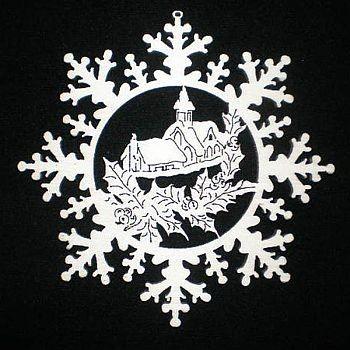 Schneestern mit Kapelle